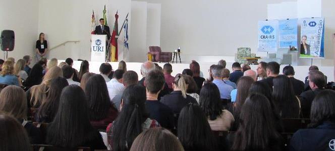 Debates, palestras e oficinas sobre ensino por competências na Administração marcam XII EPROCAD em S