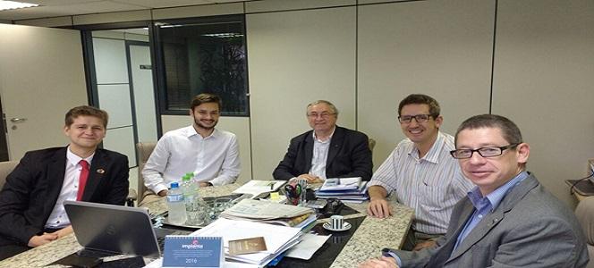 Autarquia reúne-se com Federação das Empresas Juniores do Rio Grande do Sul