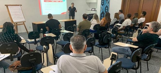 Curso oferecido no CRA-RS gera qualificação e oportunidades para Administradores