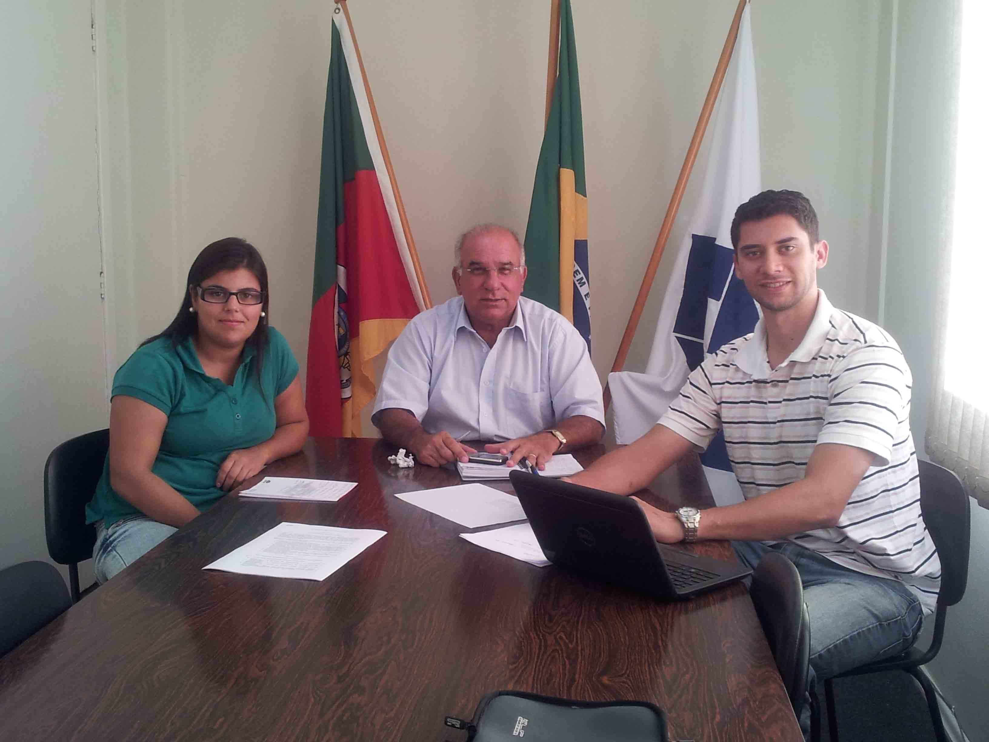 Equipe da Delegacia do CRA-RS de Pelotas define ações para 2013