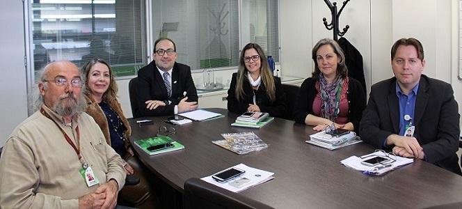 Diretoria do GHC recebe visita do Conselho Regional de Administração