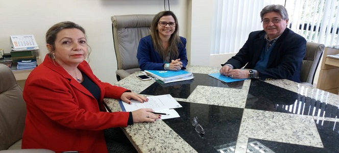 Presidente da Organização Nacional de Acreditação visita o CRA-RS