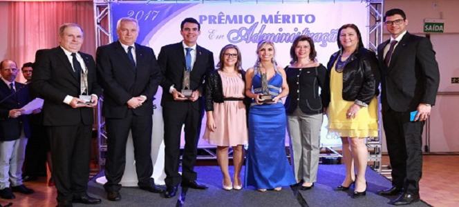 Noite de premiação do Prêmio Mérito em Administração
